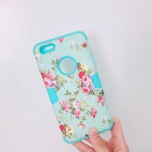 Accessories - boutique || floral iPhone 6+ case